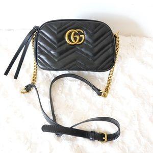 Gucci GG marmont camera crossbody black